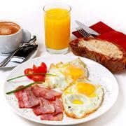 Desayuno Barra de Sandó