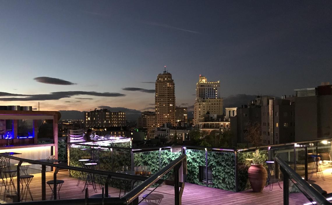 Hotel  Terraza de noche