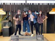 Cuatro primeros participantes del concurso jueves de monólogos